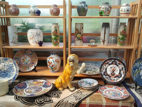 We have a wide ranging selection of Vintage Ceramics from Japan